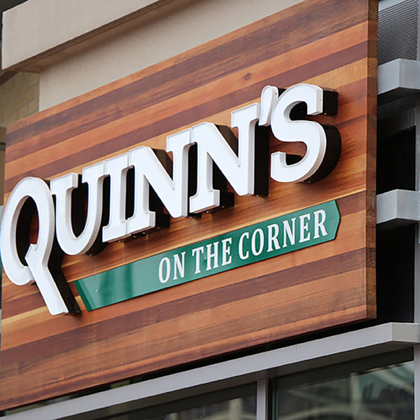 Quinns-sign